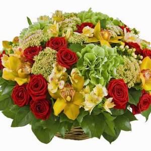 Сборная корзина с орхидеями и розами R3371